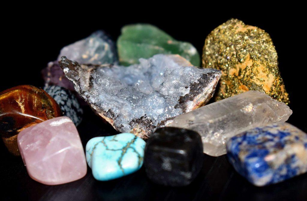 como usar cristais e pedras